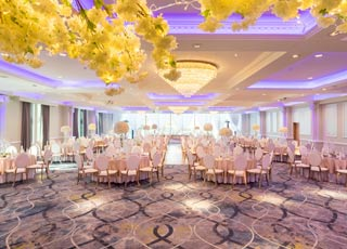 Top tips for your Summer Wedding at Everglades Hotel